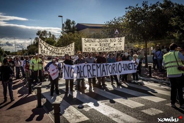 Proyecto 365 - 311 - Manifestación anticrematorio